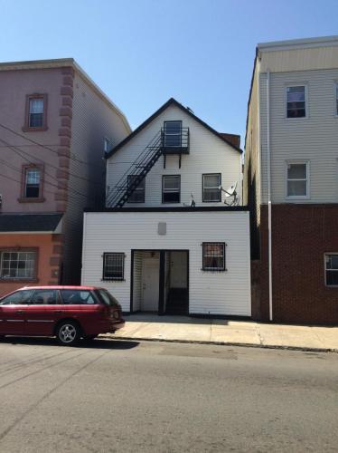 218 3rd Street #3 Photo 1