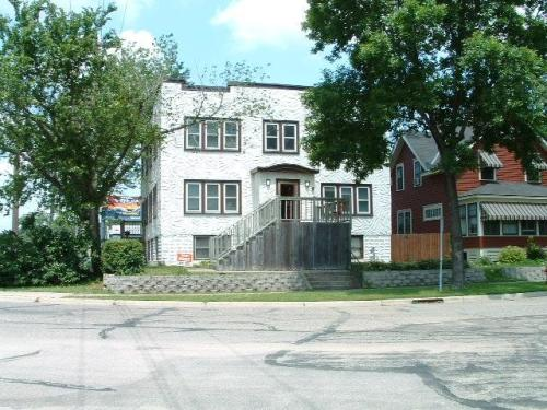 1563 Breda Avenue #1 Photo 1