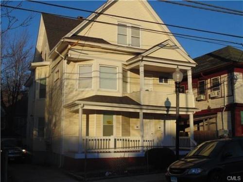 1643 E Main Street #1ST FLOOR Photo 1