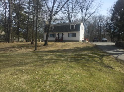 1452 Annandale Road Photo 1