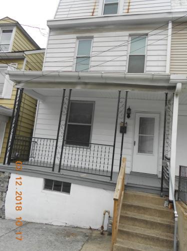 225 Jefferson Street Photo 1