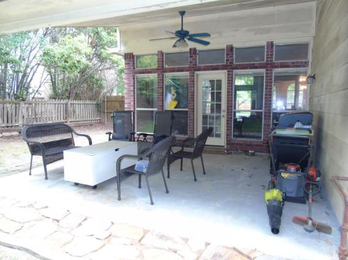 205 Valley Drive Photo 1