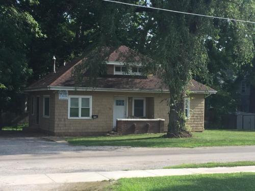 735 Buchanan Avenue Photo 1