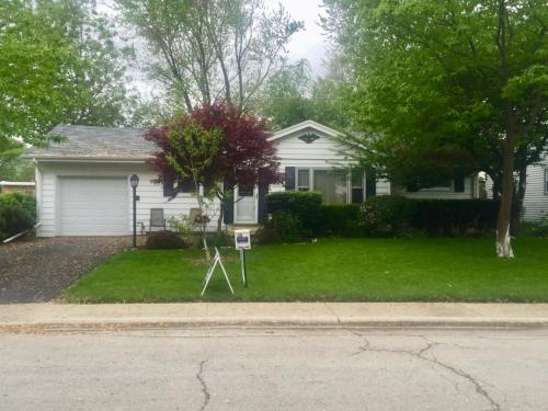 253 W Country Court Photo 1