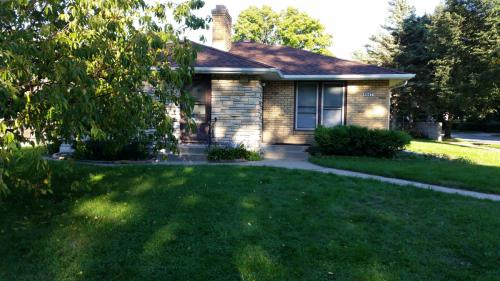5545 Oliver Ave S Photo 1