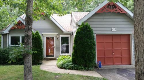 138 S Concord Terrace Photo 1