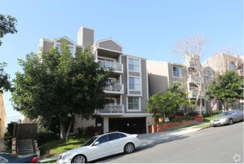 1327 S Westgate Avenue Photo 1
