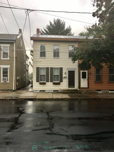 621 N Pitt Street #2ND FLOOR Photo 1