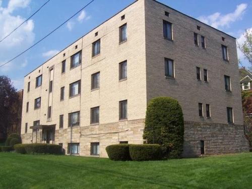 819 College Avenue Photo 1
