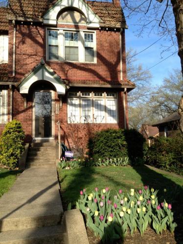 123 Pennwood Avenue Photo 1