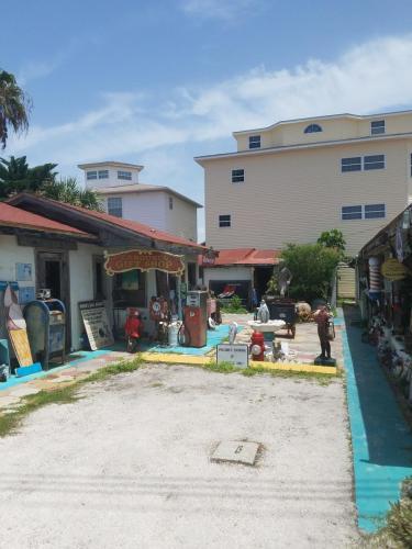 7801 W Gulf Boulevard Photo 1