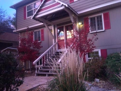1304 W Kiowa Street Photo 1