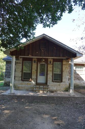 243 Roberson Road Photo 1