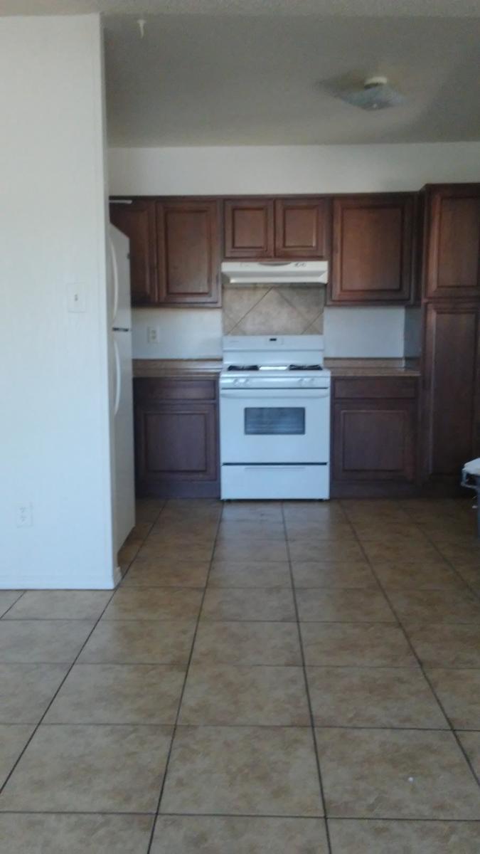 136 General Arnold Street NE Apt 4, Albuquerque, NM 87123   HotPads