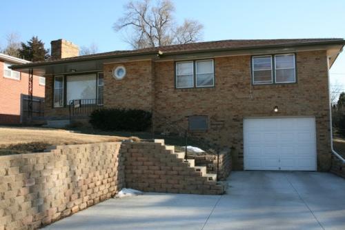 5643 Erskine Street Photo 1