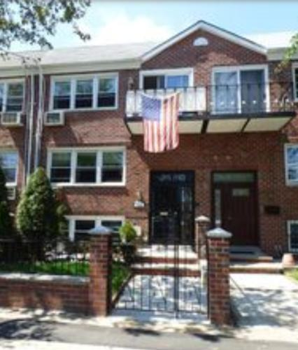 Apartment unit 2 at 928 e 107th street brooklyn ny 11236 for 107 terrace place brooklyn