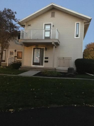 437 Eastbrooke Lane Photo 1
