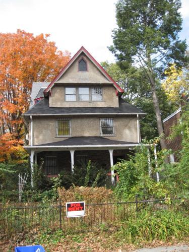 153 W Penn Street #2 Photo 1