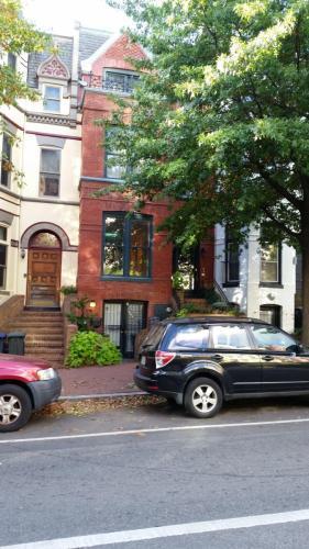 1116 5th Street NW #2 Photo 1