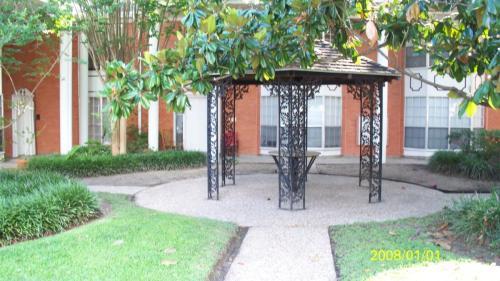 4711 W Alabama Street Photo 1