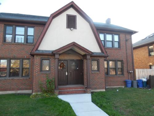 123 Willowbrook Road #1 Photo 1
