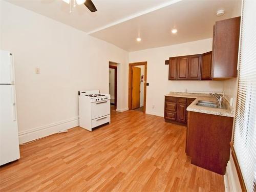 402 Whitney Avenue #2 Photo 1