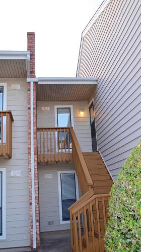 2801 S Juniper Avenue Photo 1