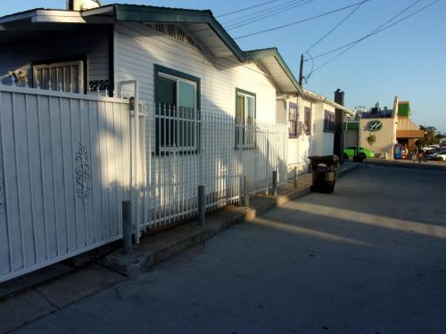 2226 University Avenue Photo 1