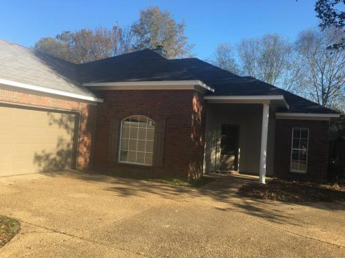 569 Spring Hill Drive Photo 1