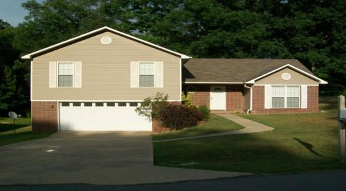 712 Michael Drive #HOUSE Photo 1