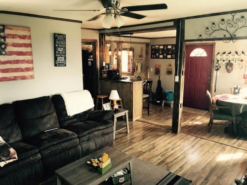 44 Crestview Lane Photo 1