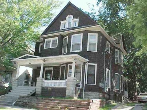 213 Lafayette Street Photo 1