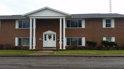 915 S Chapel Street #3 Photo 1