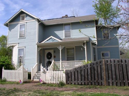 746 Ohio Street Photo 1