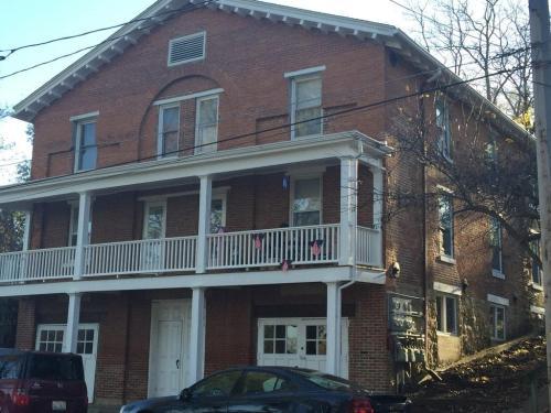 408 Hill Street #1 Photo 1