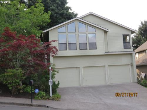 7549 SW 194th Ter Photo 1