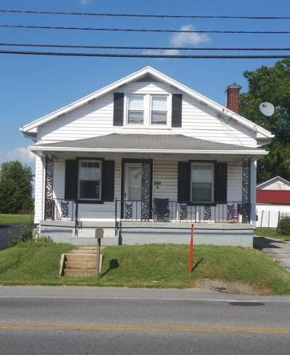 1052 Baltimore Street Photo 1