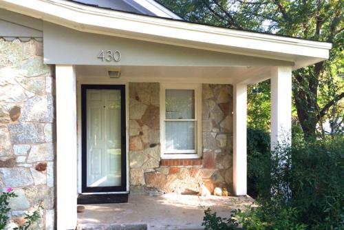 430 W Comanche Street Photo 1