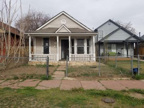 3518 N Marion Street Photo 1