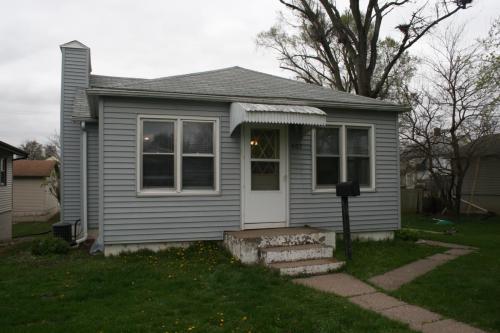 407 Adams Street Photo 1