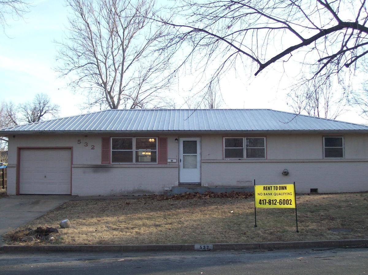 532 W Pearl Street, Aurora, MO 65605 | HotPads