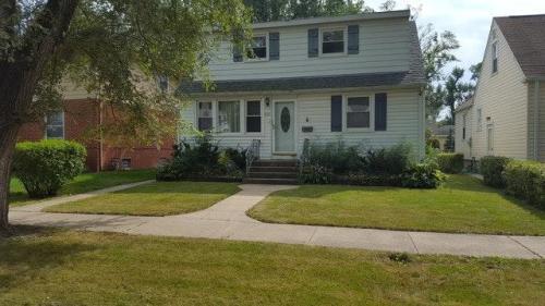 532 E 147th Place #HOUSE Photo 1