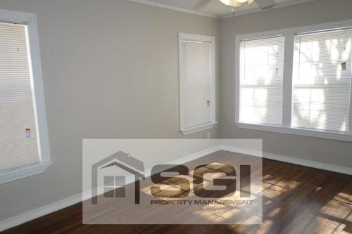 6004 Ross Avenue Photo 1