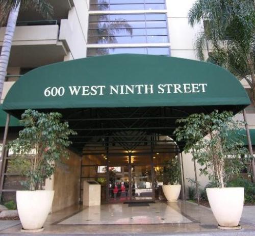 W 9th Street Photo 1