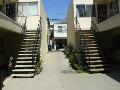 Hermosa Avenue Photo 1