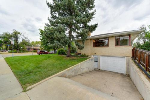 1200 Holly Place Photo 1