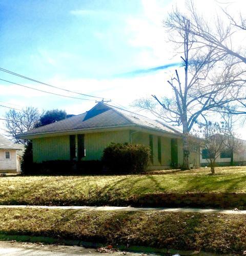 501 W Calhoun Street Photo 1