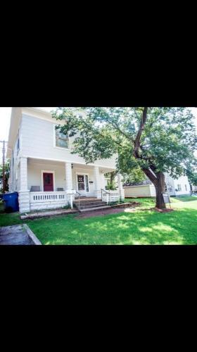 114 N Elm Street #2 Photo 1