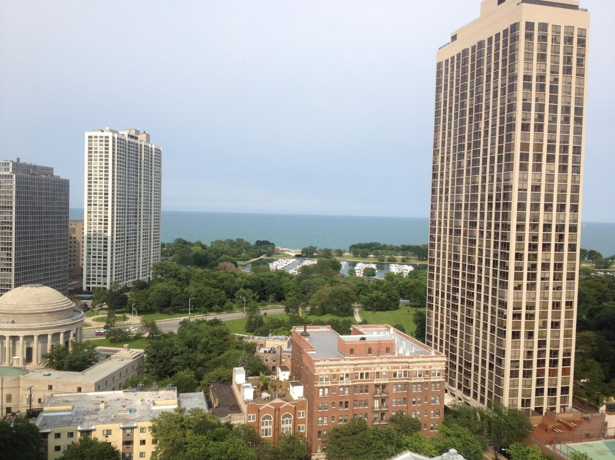 Hampden Court Apartments Chicago