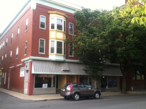 230 W 3rd Street Photo 1